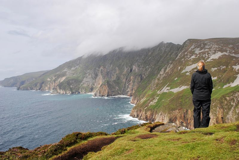 Slieve League Hiking - avoid tourism crowds in Ireland